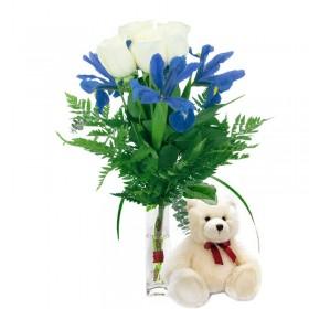 Florero 4 Rosas Blancas + 3 Iris + Peluche