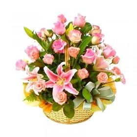 Cesta Grande con 24 Rosas y 10 Liliums Rosado