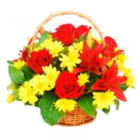 Cesta de Flores con Rosas y Liliums Rojos
