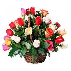 Cesta Multicolor de 24 Rosas