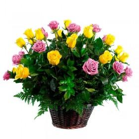 Cesta 24 Rosas Amarillas y Rosadas